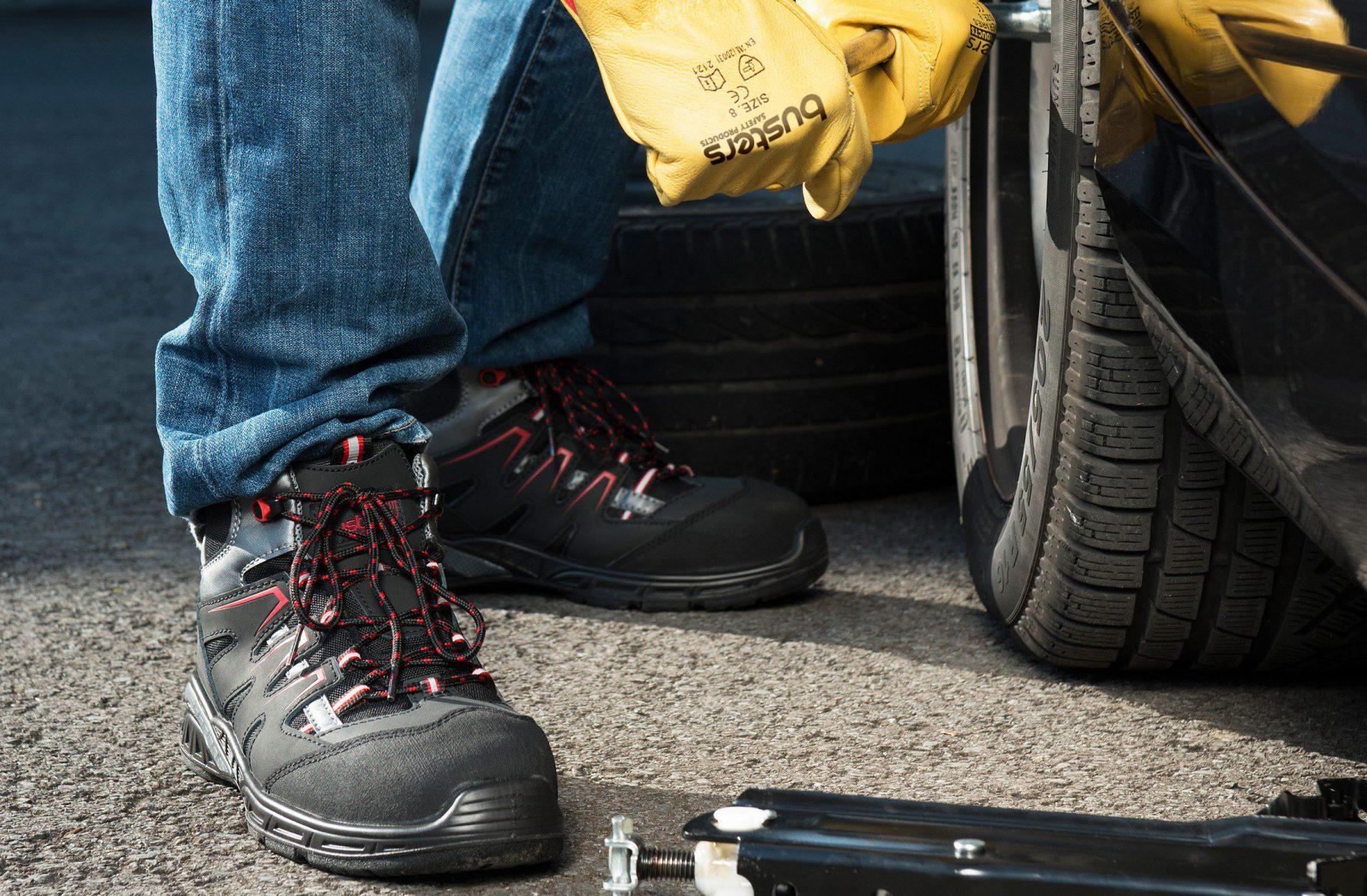 Wat betekent SRA, SRB en SRC op Werkschoenen?