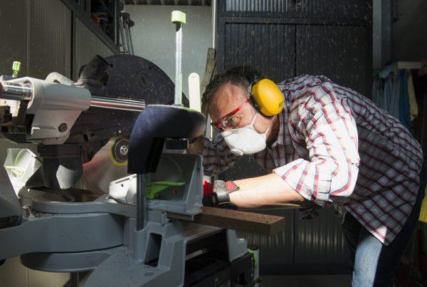 beschermkledij - vêtements de travail - protective clothing - veiligheidsbril